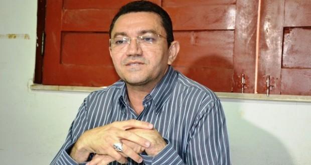 Prefeito de Picos sofre princípio de infarto e faz procedimento de cateterismo
