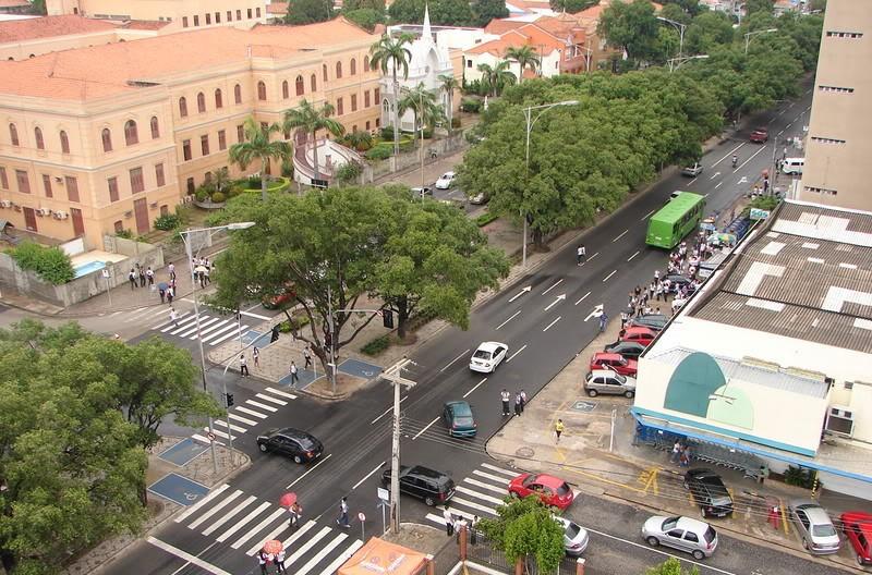 Cruzamentos com a avenida Frei Serafim serão interditados na tarde desta quarta-feira