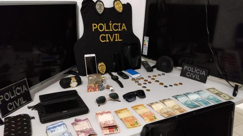 Presa quadrilha comercializado drogas e LCD no Litoral do Piauí