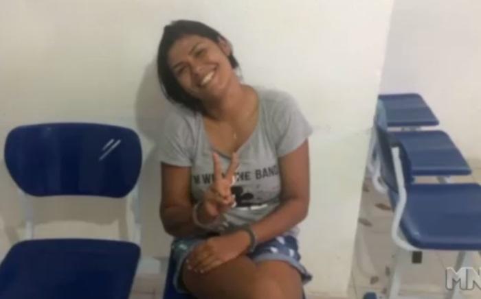 Mulher zomba da polícia ao ser presa em Parnaíba