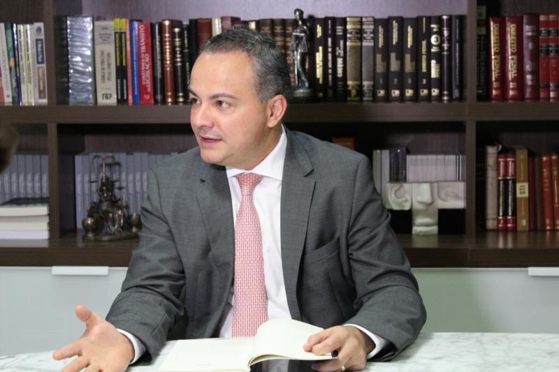 Valter Alencar pretende reduzir gastos públicos em seu plano de governo