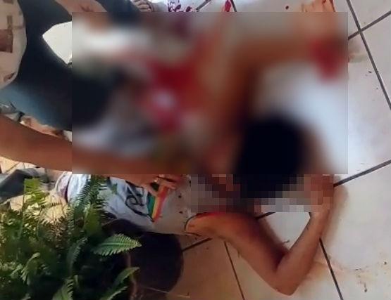 Ex-marido invade casa e esfaqueia mulher no Centro de Esperantina
