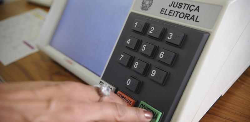 Com início da propaganda eleitoral, atendimento do Disque Eleições deve aumentar