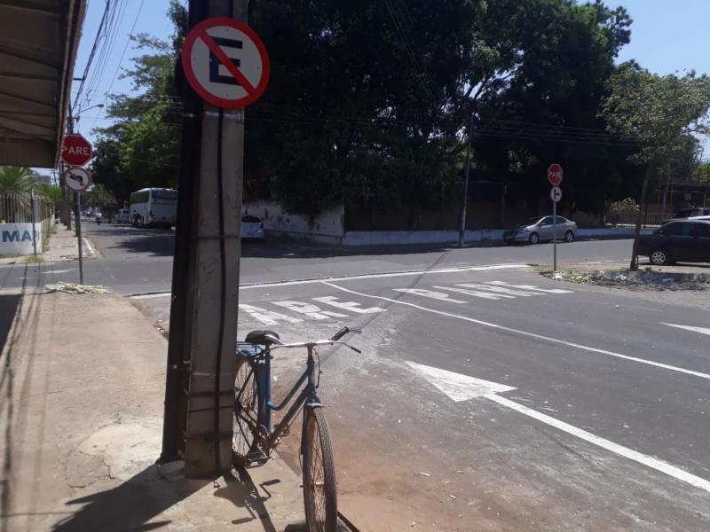 Rua João Cabral, no centro de Teresina, passa a ser sentido único