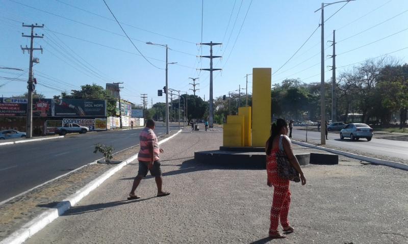 Novo sinal na Avenida Henry Wall de Carvalho começa a funcionar hoje