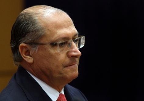 Em vídeo divulgado nas redes sociais, Temer contesta críticas de Alckmin