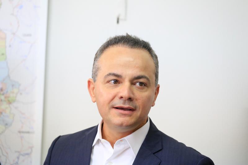 """""""Realidade de lama"""", comenta candidato ao Governo sobre Operação Itaorna"""