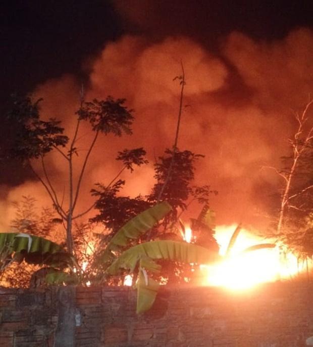 Incêndio atinge matagal na Universidade Estadual do Piauí