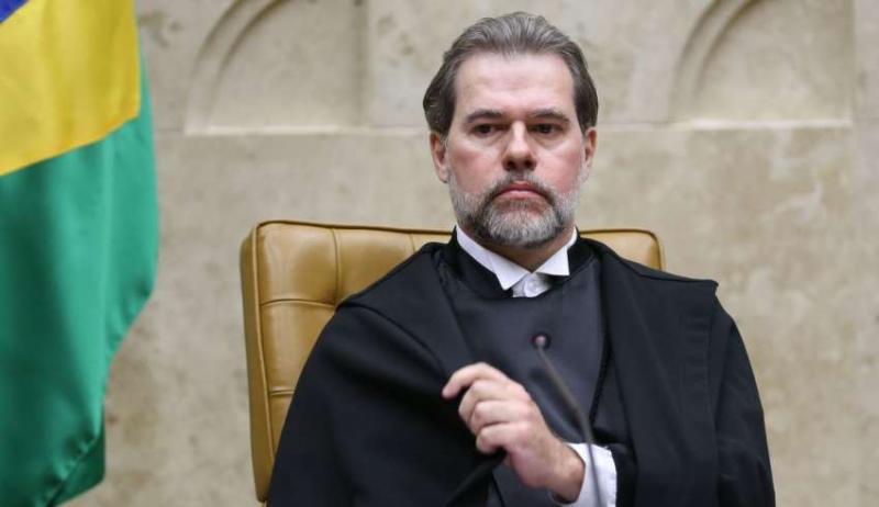 Toffoli assume presidência da República interinamente