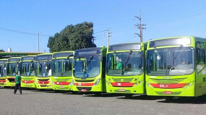 Motoristas e cobradores de ônibus paralisam atividades na quinta-feira