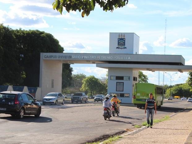 UFPI divulga edital de concurso público para professor