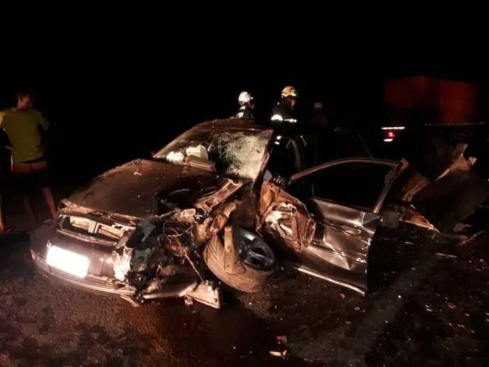 Acidente entre carro e caminhonete deixa feridos na PI-112
