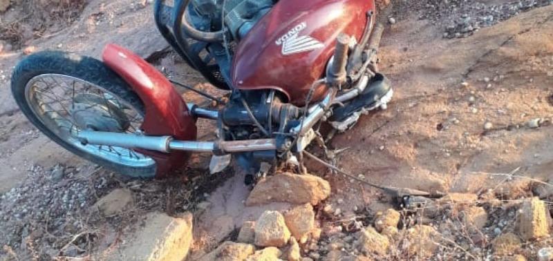Motociclista é encontrado morto na PI-243