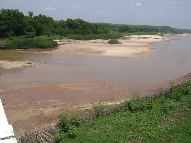 Mulher morre afogada após cair em rio em Santa Rosa do Piauí