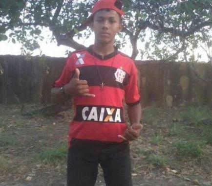 Adolescente morre em colisão de motocicletas no interior do Piauí