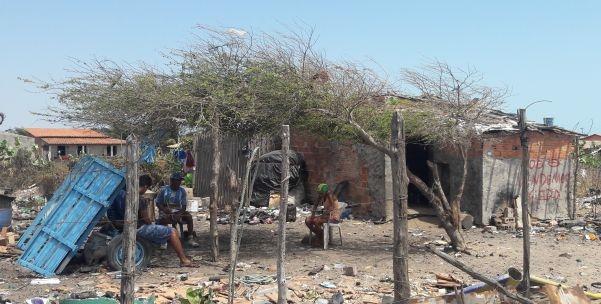 Crianças e adolescente são encontrados trabalhando em lixão em operação do MPT