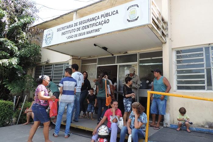 Durante vistoria, Ministério Público do Piauí constata problemas no Instituto de Identificação