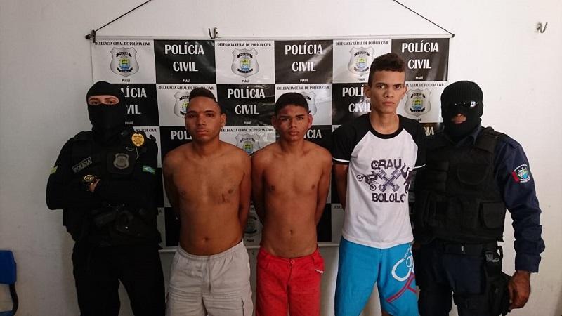 Trio é preso pela polícia acusado de tráfico de drogas