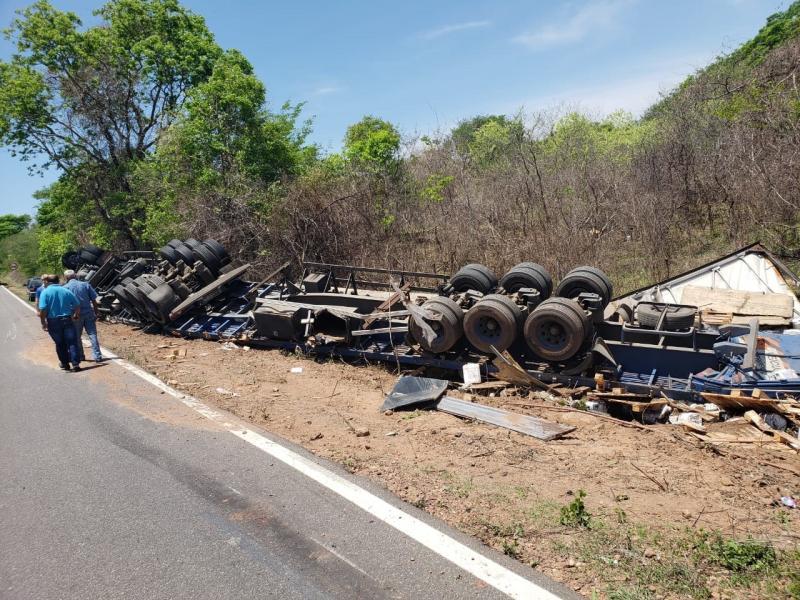 PRF: operação Dia dos Finados já contabiliza 15 acidentes nas rodovias do Piauí