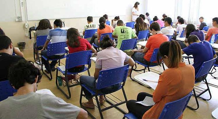 Mais de 190 mil fazem provas do Enem e falta energia em local de prova no Piauí