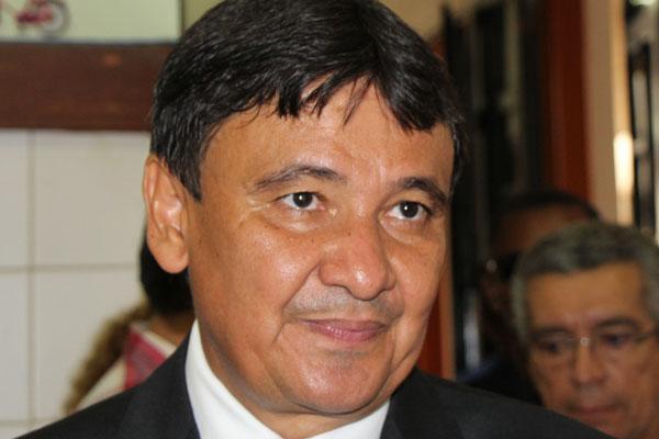 TRE-PI condena o Governador Wellington Dias por propaganda irregular no período das eleições