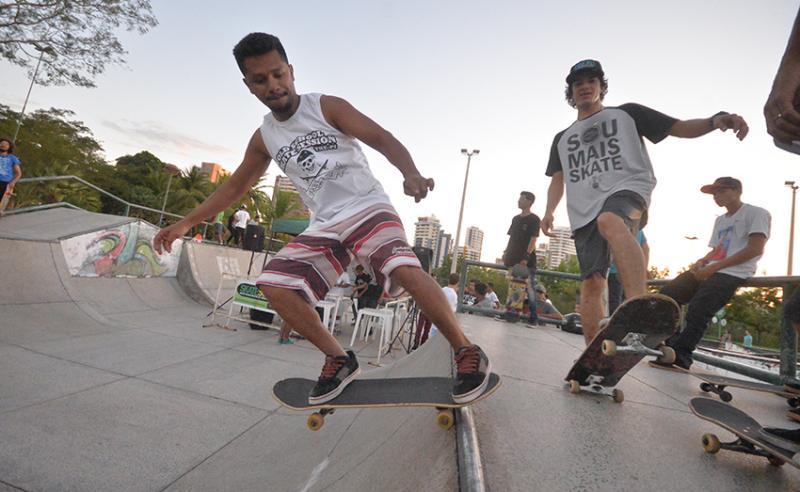 Vem Pro Parque recebe circuito de skate no parque Potycabana