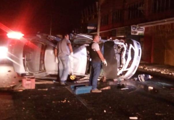 Vereador morre após colidir carro com poste em avenida de Parnaíba