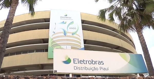 Paralisação da Eletrobras deixa serviços prejudicados