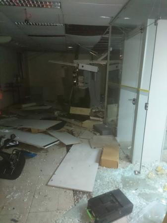Quadrilha explode e rouba todo dinheiro de banco no interior do Piauí