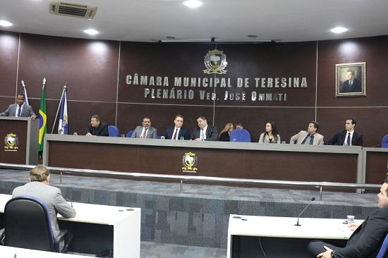 Câmara vota hoje projeto que regulamenta transportes por app em Teresina