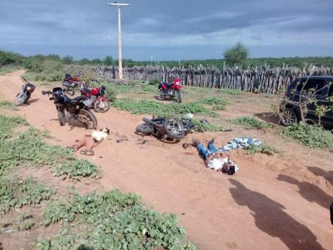 Dois adolescentes morrem após colisão entre motos no Piauí