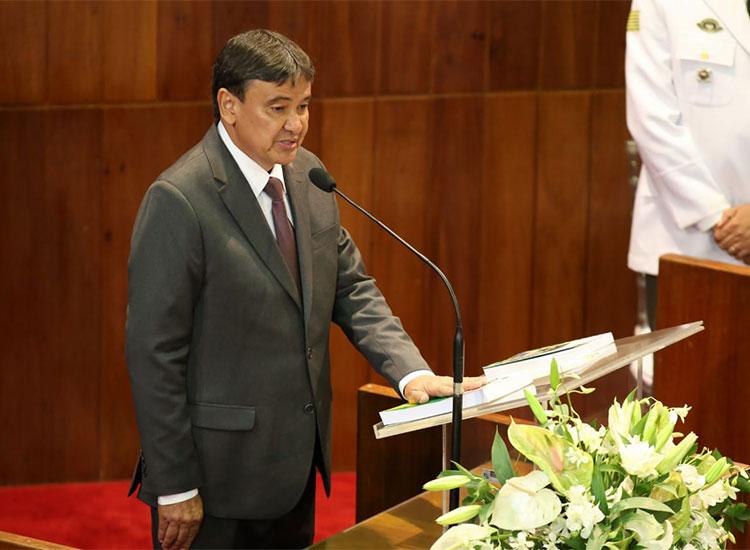 Wellington Dias toma é empossado em seu quarto mandato para o governo do Piauí
