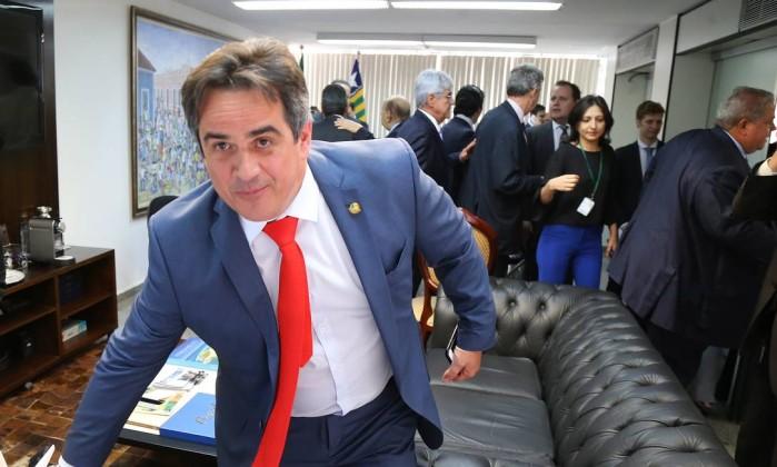 O Estado de S. Paulo: Policiais Militares levaram dinheiro da Odebrecht para assessor de Ciro Nogueira