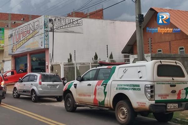 Bandidos fazem arrastão em loja em Piripiri
