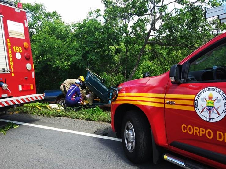 Motorista morre após colidir veículo em árvore no Norte do Piauí