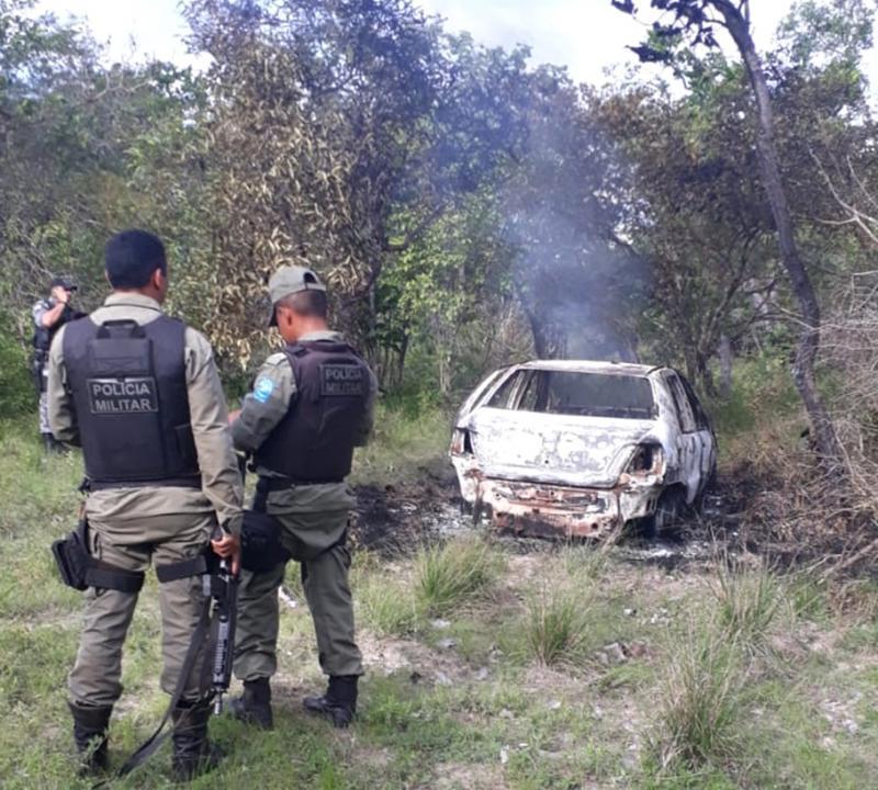 Corpo é encontrado carbonizado em porta-malas de carro no Piauí