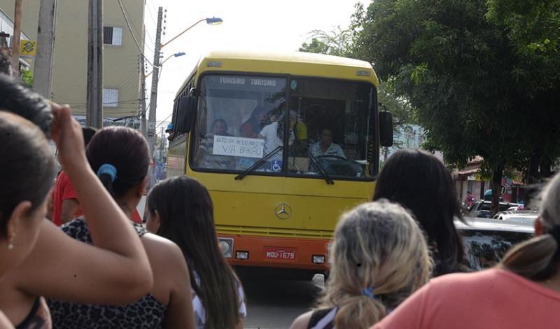 Prefeitura de Teresina cadastra veículos alternativos para atender usuários durante a greve