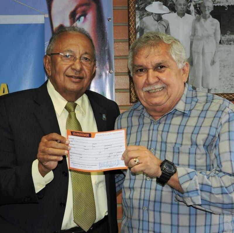 Dr. Pessoa e delegado Menandro Pedro se filiam ao Solidariedade