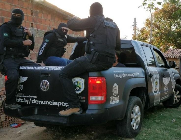 Polícia Civil deflagra operação e prende 7 pessoas em Inhuma