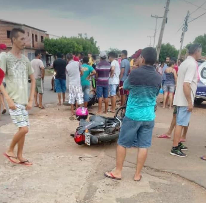 Colisão entre motocicletas deixa duas pessoas mortas em Picos