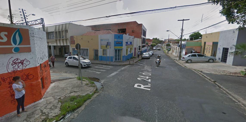 Novo semáforo começa a funcionar no centro de Teresina