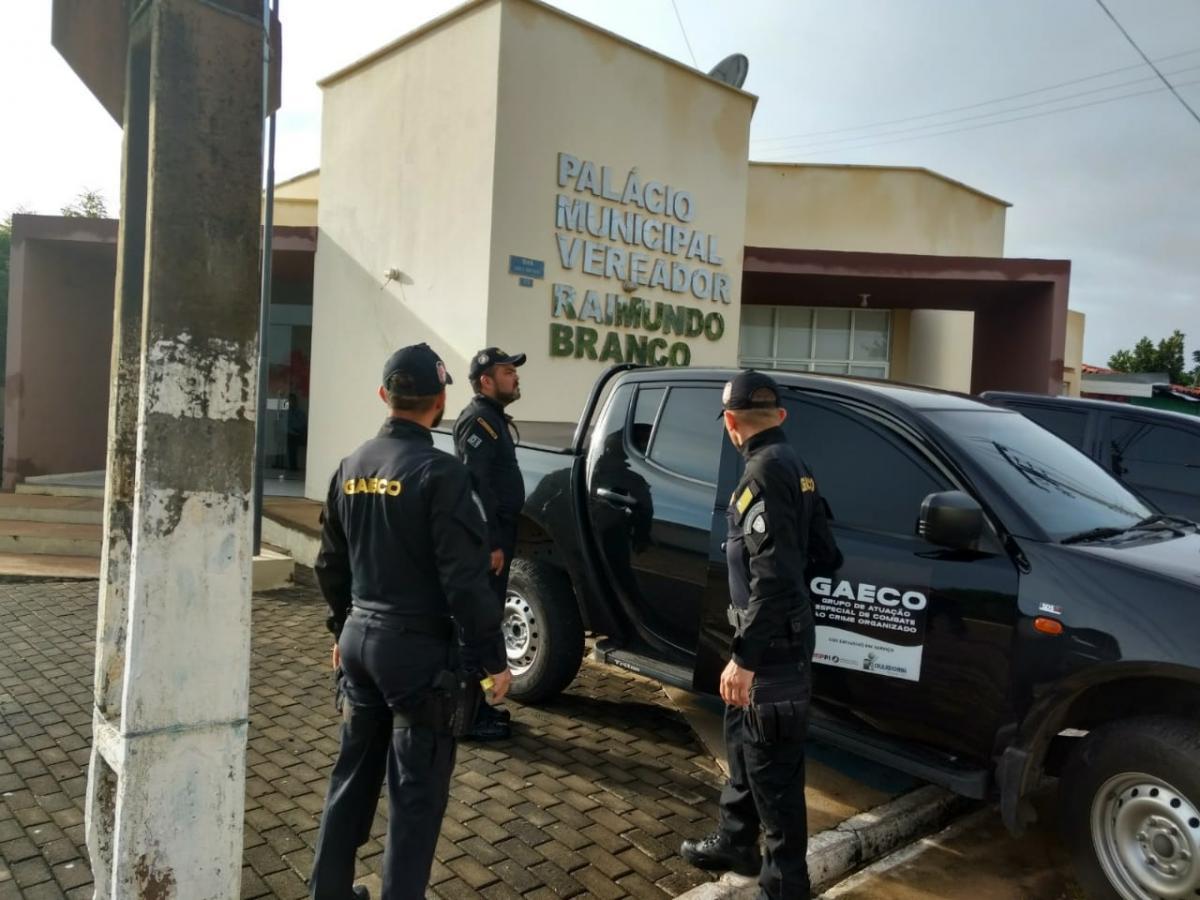 """Gaeco deflagra operação """"Águas de Março"""" e cumpre 13 mandados de busca e apreensão"""