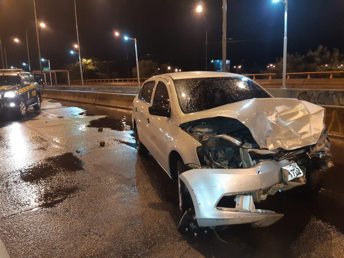 Motorista embriagado é preso depois de envolver em acidente em Teresina