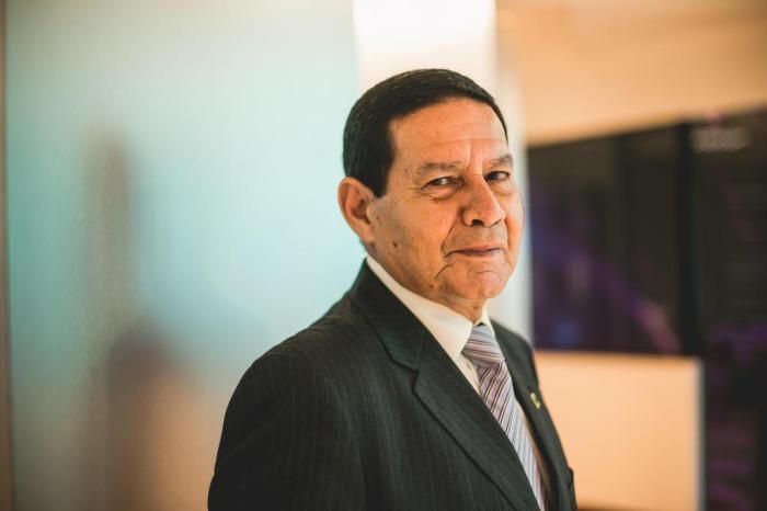 Agenda de Mourão em viagem aos EUA incomoda aliados de Bolsonaro