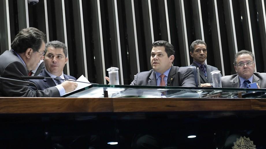 Senado aprova PEC do Orçamento Impositivo; texto volta para Câmara