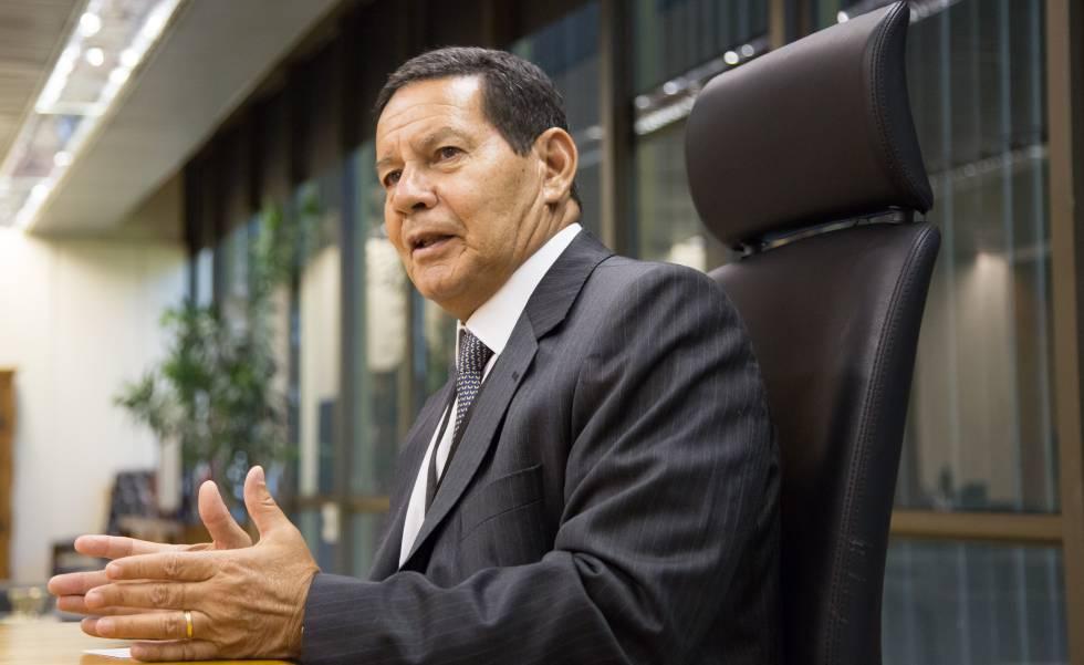Vice-presidente, Hamilton Mourão vem a Teresina e faz palestra de abertura da Convenção Logista