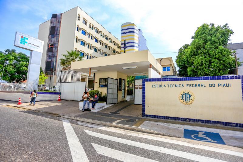 IFPI abre seleção para professor de cursos do Mediotec