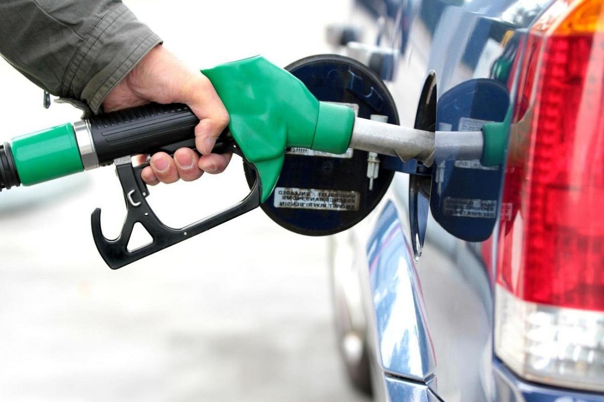Petrobras anuncia aumento de R$ 0,07 no litro da gasolina