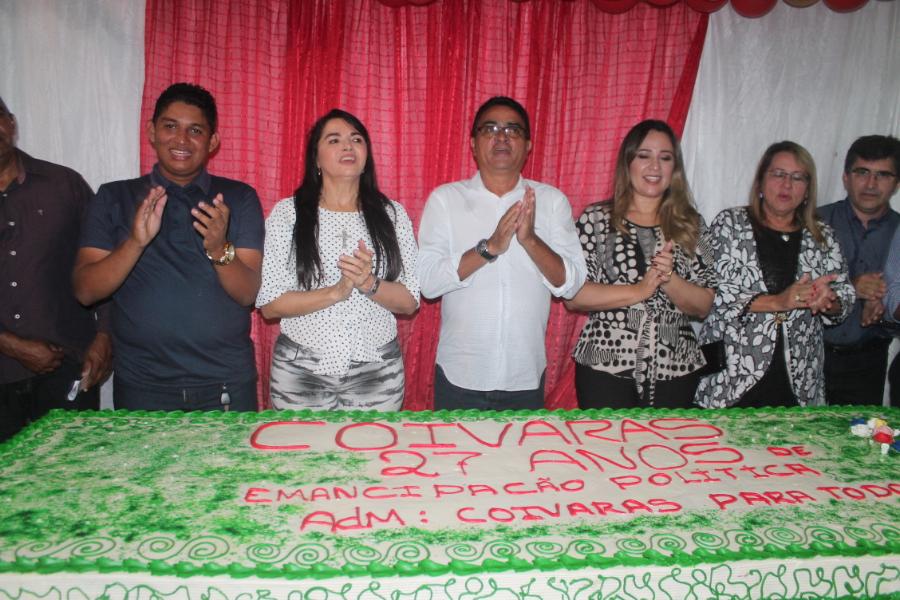 Coivaras comemora 27 anos de emancipação política com Missa Solene e corte de bolo