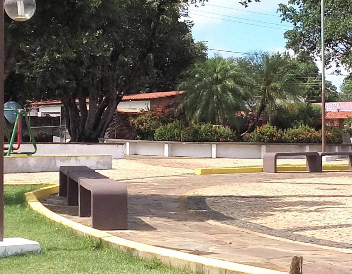 Prefeitura de Jatobá do Piauí revitaliza praça Nossa Senhora das Graças
